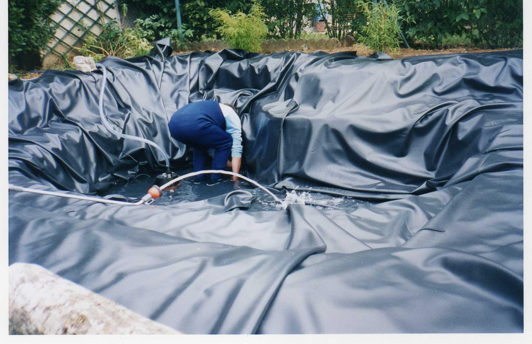 Liner bassin jardin sur enperdresonlapin for Pompe bassin jardiland